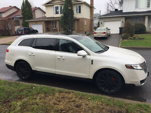 2011 Lincoln MKT 3.5L twin turbo Ecoboost .low kms