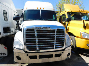 2011 Freightliner Cascadia - Price Just reduced!!!!