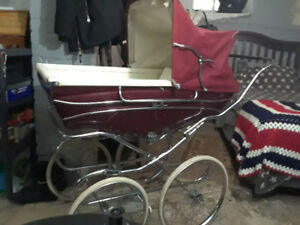 Vintage Silvercross Carriage Mint Condition!