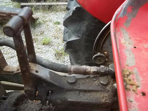 Massey Feruson 50 Gas with P.Steering Sarnia Sarnia Area image 10