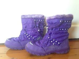 Crane Snow Extreme Children's Snow Boots-Size 1 Cammeray North Sydney Area Preview