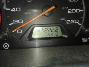 Honda odyssey 2000 un seul proprietaire