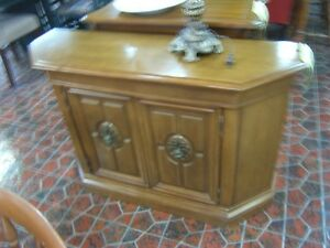 console/bahut/table d'appoint ou de salon