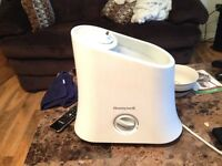 Selling like new humidifier