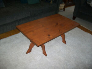 Coffee Table Solid Pine-Beautiful Call or text 905-442-2000-Ajax