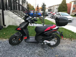 SCOOTER/CYCLOMOTEUR/MOPED APRILIA 2018