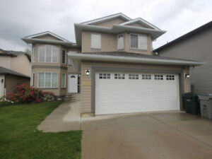 5 BED/3.5 BATH 2 STOREY WALKOUT FOR SALE