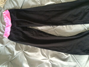 BARELY USED LULULEMON CLOTHING Kitchener / Waterloo Kitchener Area image 3