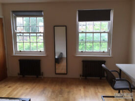 woolwich arsenal station double room to let