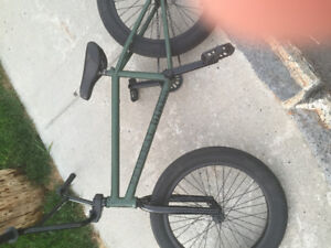 Federal/ United bmx vert kaki forest/ noir