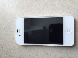 16 gb iPhone 4s in amazing condition