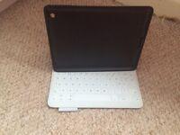 Logitech iPad 2/3 keyboard case