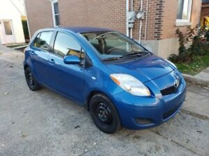 **TOYOTA YARIS 2009**AUTOMATIQUE**PNEUS D'HIVER MICHELIN X-ICE