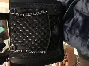 New Guess purse Saguenay Saguenay-Lac-Saint-Jean image 1