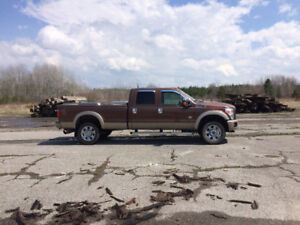 F350 king ranch well taken  care of