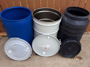 LOOK > 90 x Clean Removable lid Barrels,Grey, Blue Or Terracotta