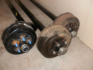 Project Trailer Parts (5x4.5 bolt pattern), Aluminum Cross Membe