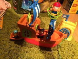 Children's PIRATE SHIP - noises/sounds