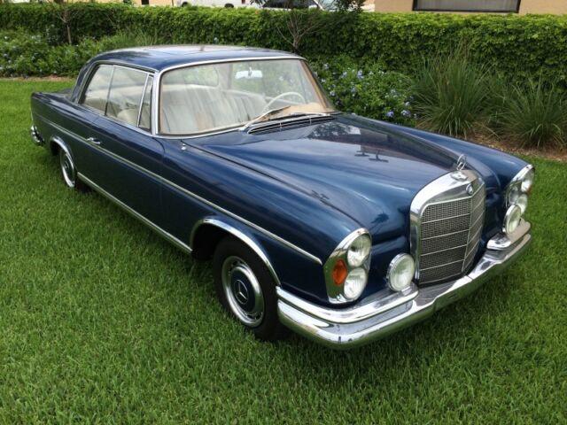 Mercedes-Benz : 200-Series 1964 Mercedes Benz 220SE Coupe