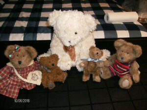 """Four Boyd's collectable bears and one larger """"LUCIA"""" bear"""