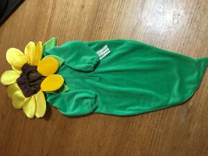 Flower Halloween costume. $15.00