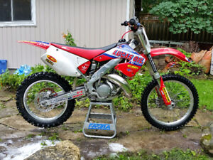 2000 CR125 Lots of upgrades! Trade for motocross 250f