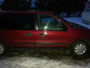 2003 red ford windstar