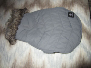 American Kennel Club, (gray quilted Dog)Winter Coat