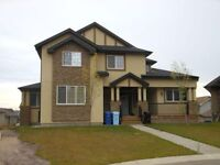 113 Sandpiper Bay A. Fully Furnished Executive Home!!