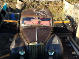 Classic Cars Barn Finds £££ WAITING Retro Old Classic Rusty Prestige