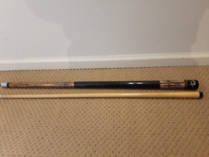 Master Speed Pool Cue with case