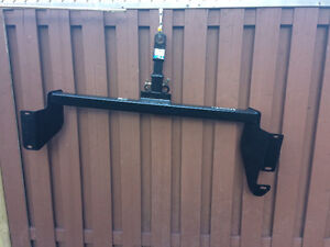 Trailer Hitch (chassis)