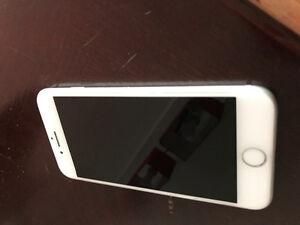 IPHONE 7  32GB  VIDEOTRON   ** 600$ **