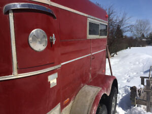 2 horse trailer, only thing old about her is her age!
