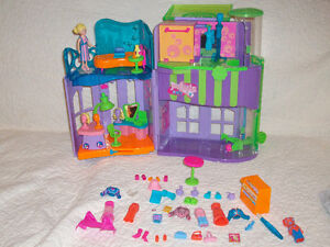 Polly Pockets Galore
