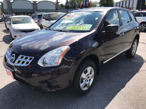 2011 Nissan Rogue SE LOW KILOMETERS SUV...PERFECT COND.