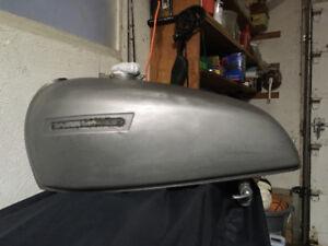 Vintage Cafe Racer-Kawasaki Fuel Tank & extras