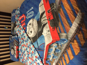 Thomas the train comforter and sheet set