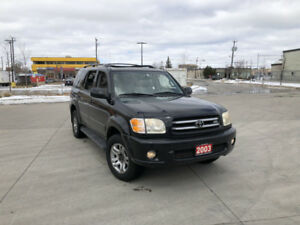2003 Toyota Sequoia Limited, 4WD, 8 Pass, Low km, warranty avail