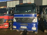 Mercedes-Benz Axor 8x4 Mixer