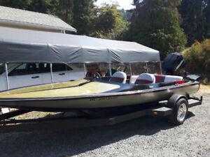 Tahiti ski boat and trailer