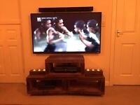Solid wood tv stand excellent quality