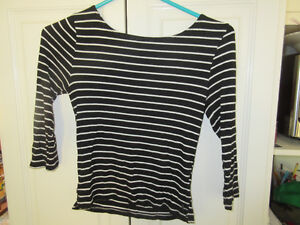 Various pieces of clothing size M