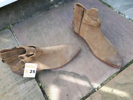 Mens beige suede boots size 9