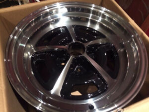 VINTAGE CAR LEGENDARY WHEELS, MAGNUM 500, MUSTANG GT, MOPAR, GM,