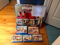 Playmobil - Maison moderne avec plusieurs meubles