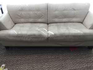 Cindy Crawford Leather couch and love seat Downtown-West End Greater Vancouver Area image 2