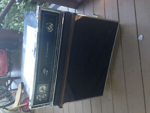 Hotpoint built in oven. Old. Free
