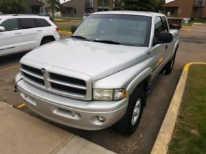 2001 Dodge Ram 1500  LARAMIE SLT in immaculate condition