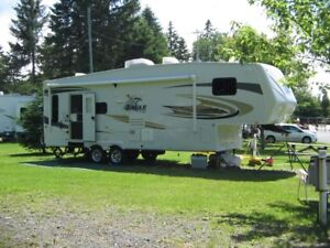 Roulotte Eagle 28.5 pieds 2010 (Fifth Wheel)
